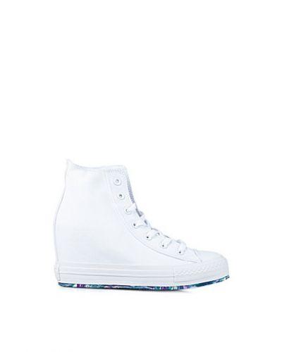 converse skor med klack