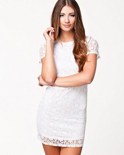 Althea Dress NLY Trend fodralklänning till dam.