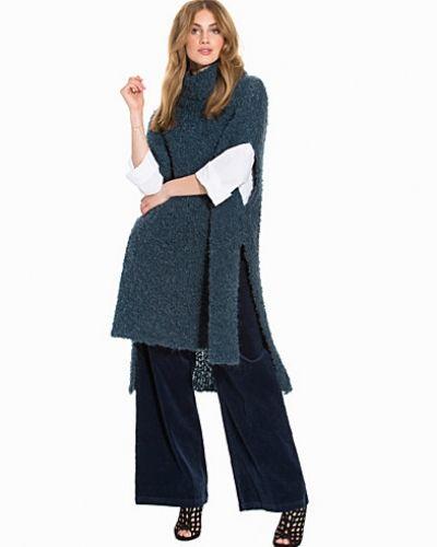 Till dam från By Malene Birger, en stickade tröja.