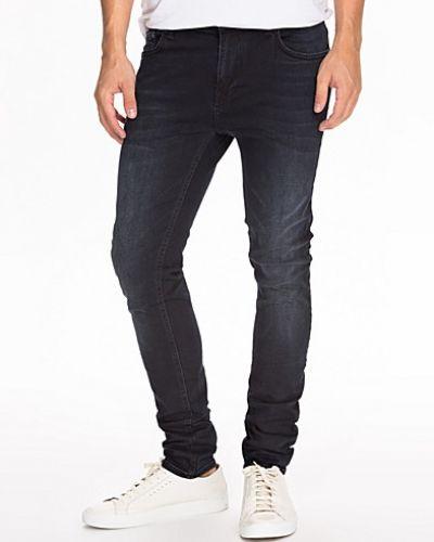 Till herr från Only & Sons, en blå slim fit jeans.