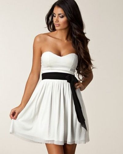 Elise Ryan Bandeau Beauty Dress