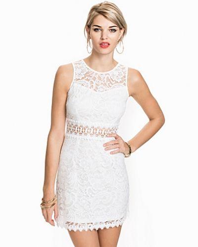 New Look Baroquewaist Lace Dress