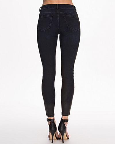Selected Femme slim fit jeans till dam.