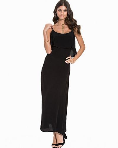 Till dam från mbyM, en svart maxiklänning.