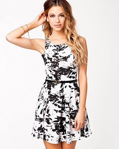 Glamorous Belted Skater Dress