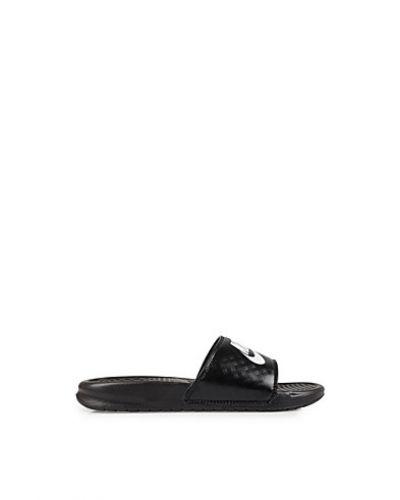 Nike sandal till dam.