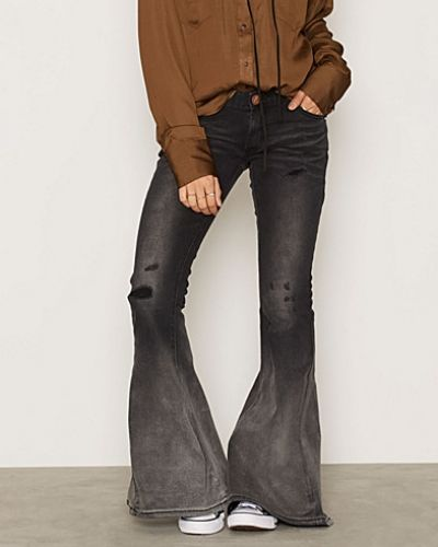 Bootcut jeans Black Oak Marines från One Teaspoon