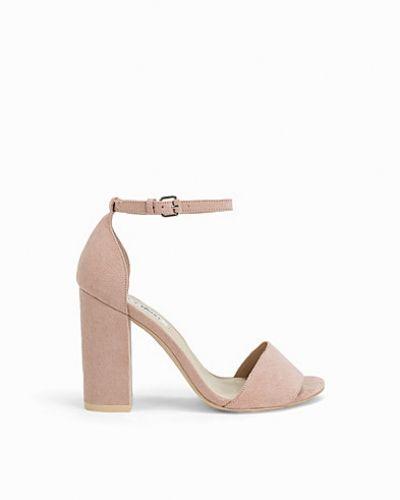 Högklackade Block Heel Sandal från Nly Shoes