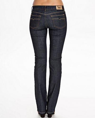 Bootcut jeans Bootzee 0881K från Diesel