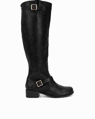 Till dam från Nly Shoes, en svart känga.