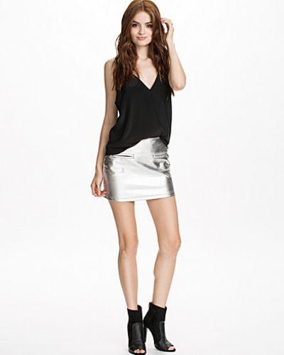 Silver minikjol från Motel till kvinna.