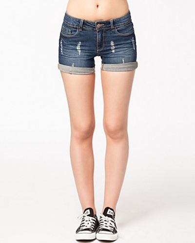 Till dam från Jacqueline de Yong, en blå shorts.