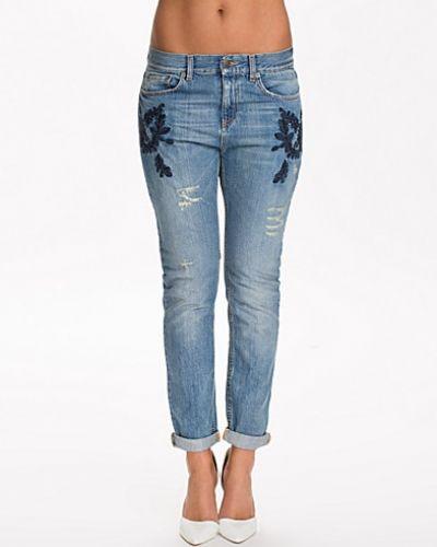 Blå boyfriend jeans från Odd Molly till dam.