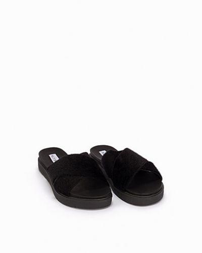 Chunky Flat Cross Sandal Nly Shoes sandal till dam.