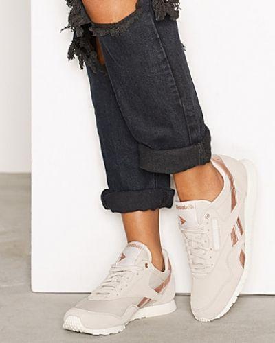 Sneakers från Reebok Classics till dam.