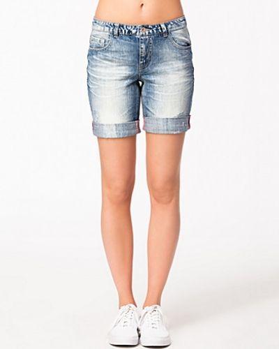 Blå jeansshorts från ONLY till tjejer.