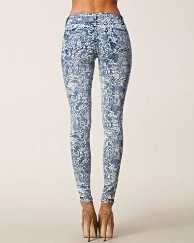 Slim fit jeans från VILA till dam.