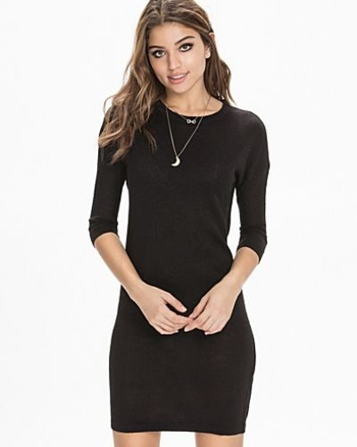 Vero Moda långärmad klänning till dam.