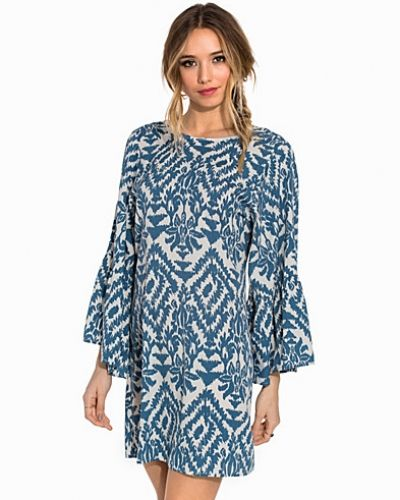 NLY Trend Clock Sleeve Tunic Dress