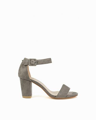 Comfy Block Heel Sandal Nly Shoes mid-klack till dam.