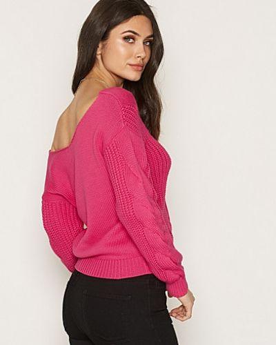 Till dam från NLY Trend, en rosa stickade tröja.