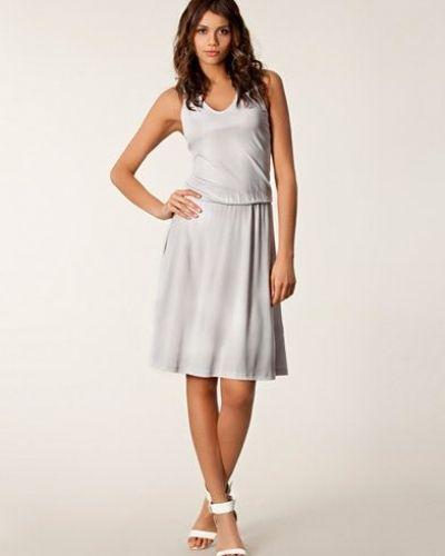 Klänning Crepe Tank Dress från Filippa K