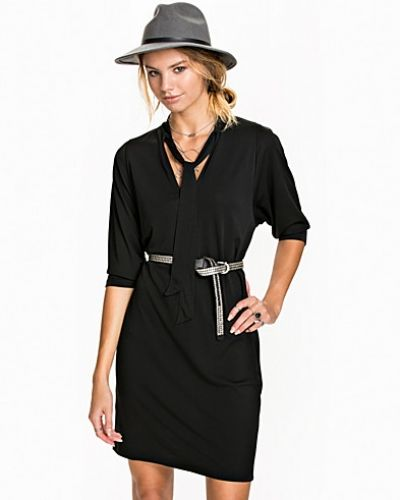 Klänning Crepe Tie Dress från Filippa K