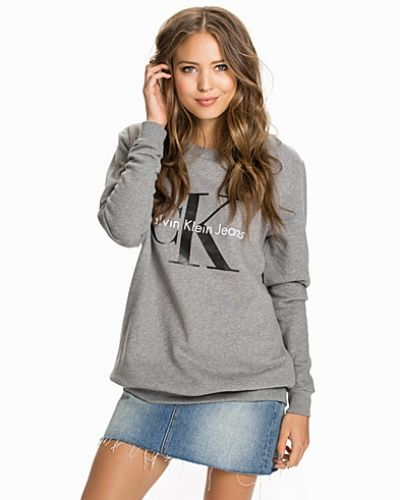 Sweatshirts från Calvin Klein Jeans till dam.
