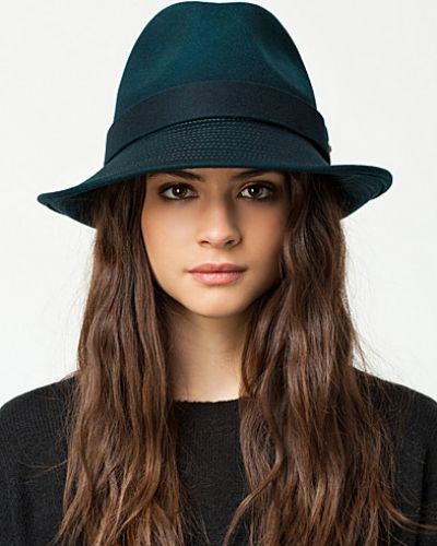 Diesel Cuinn Hat. Huvudbonader håller hög kvalitet.
