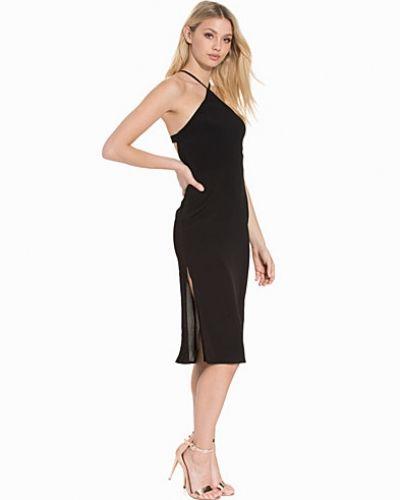 Fodralklänning Cut-Away Triangle Slip Dress från Topshop