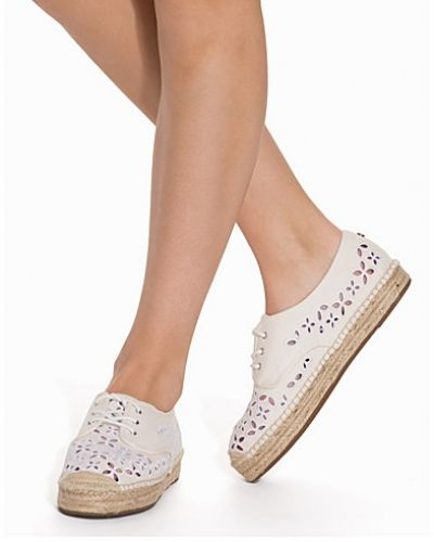 Darci Lace Up MICHAEL Michael Kors sneakers till dam.