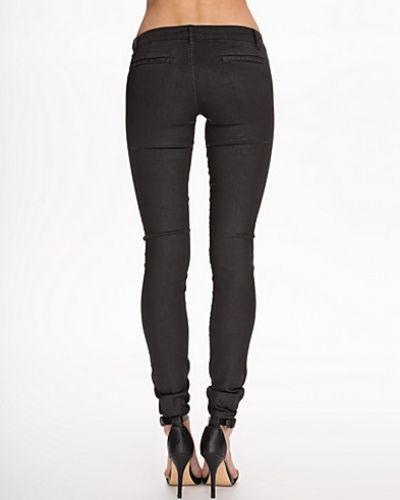 Slim fit jeans från Hunkydory till dam.