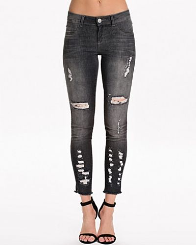 Slim fit jeans från Notion 1.3 till dam.