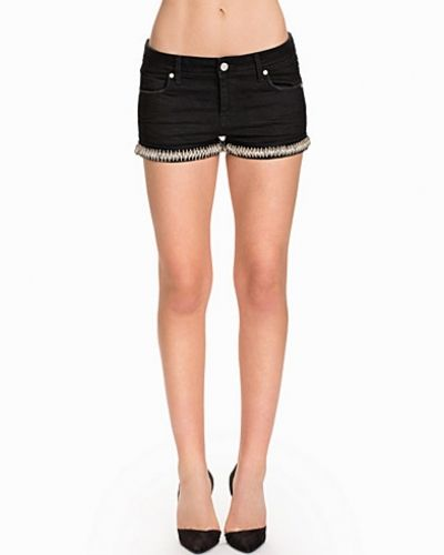 NLY ICONS shorts till dam.
