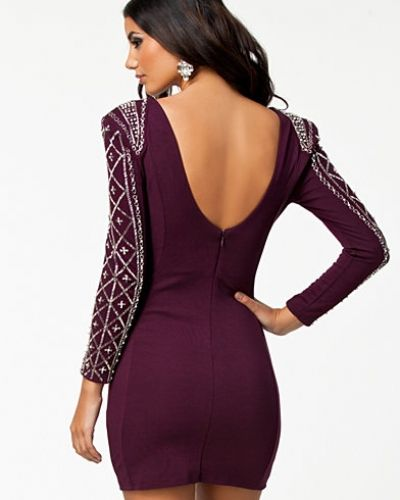 Långärmad klänning från TFNC till dam.