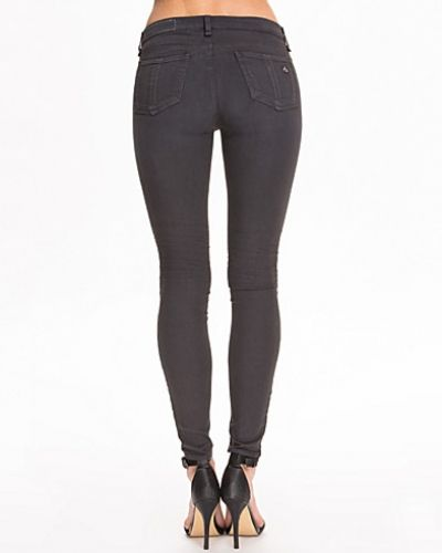 Till dam från T By Alexander Wang, en blå slim fit jeans.
