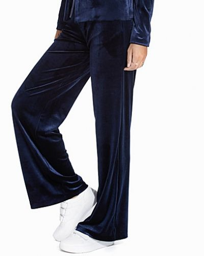 NLY Trend Dolled Up Velvet Pants