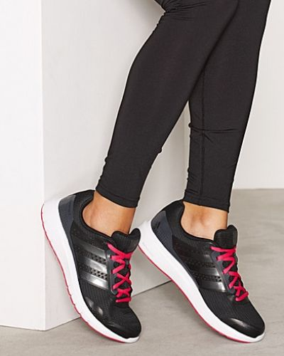 Till dam från adidas Sport Performance, en svart löparsko.
