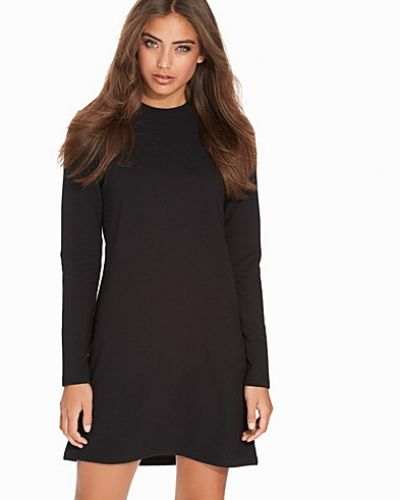 Klänning Easy Life Dress från NLY Trend