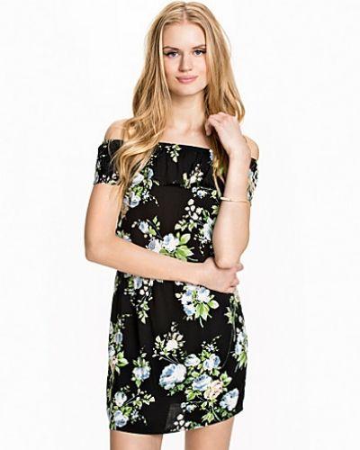 Klänning EASY SS SHORT FRILL DRESS 2015 från Vero Moda