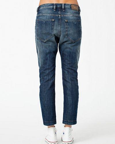 Boyfriend jeans Eazze Trousers 00S8NC 0814A från Diesel