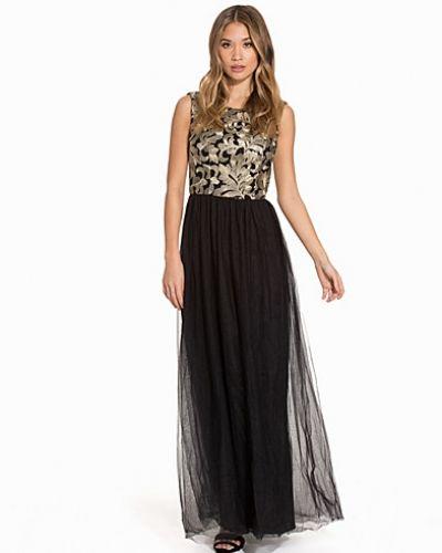 Maxiklänning Eira Dress från Chi Chi London