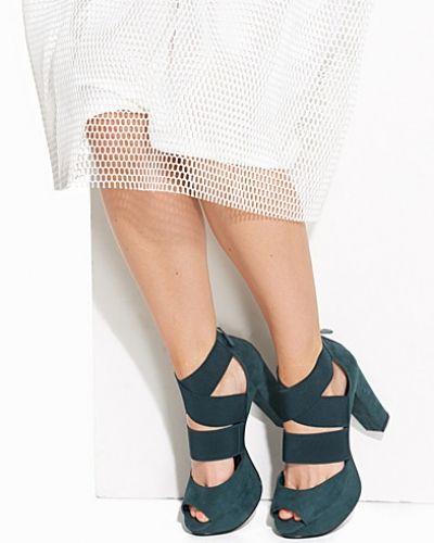 Bianco Elastic Strap Sandal