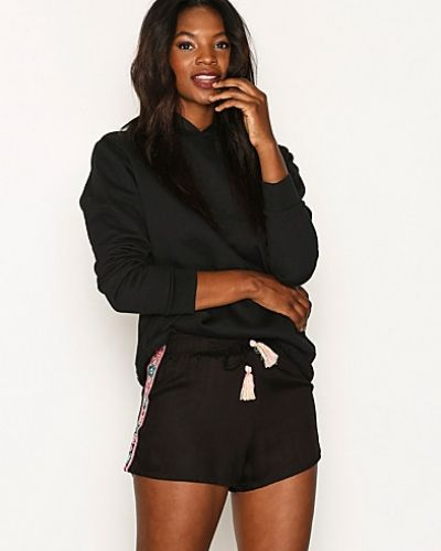New Look Embroidered Shorts