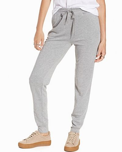 Mjukisbyxa Enzyme Washed French Sweatpants från T By Alexander Wang