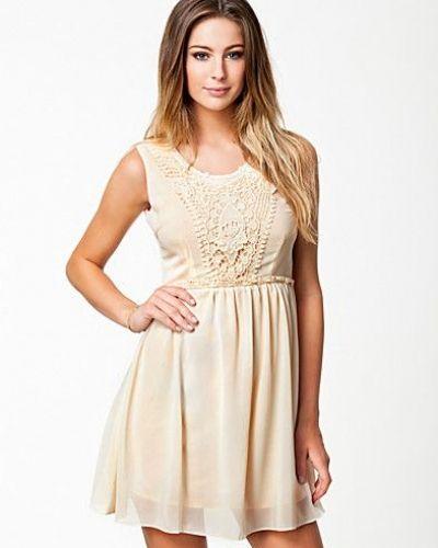 Studentklänning från The Style till tjejer.