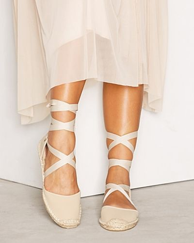 Espadrille Wrap Shoe Miss Selfridge sandal till dam.