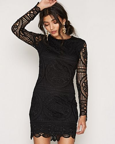 NLY Trend Famous Crochet Dress