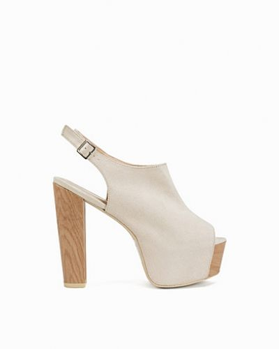 Högklackade Faux Wooden Heel Bootie från Nly Shoes