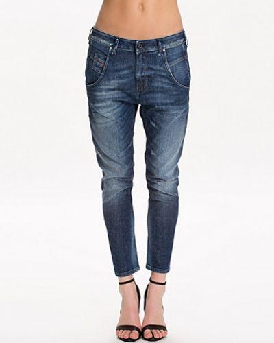 Boyfriend jeans Faya 0836W Jeans från Diesel